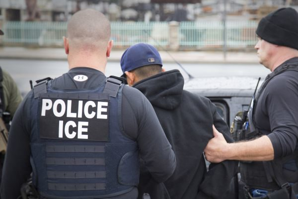 Court officers told not to interfere with immigration agents